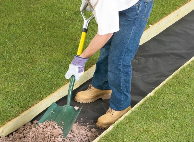Делаем бетонную дорожку в саду своими руками