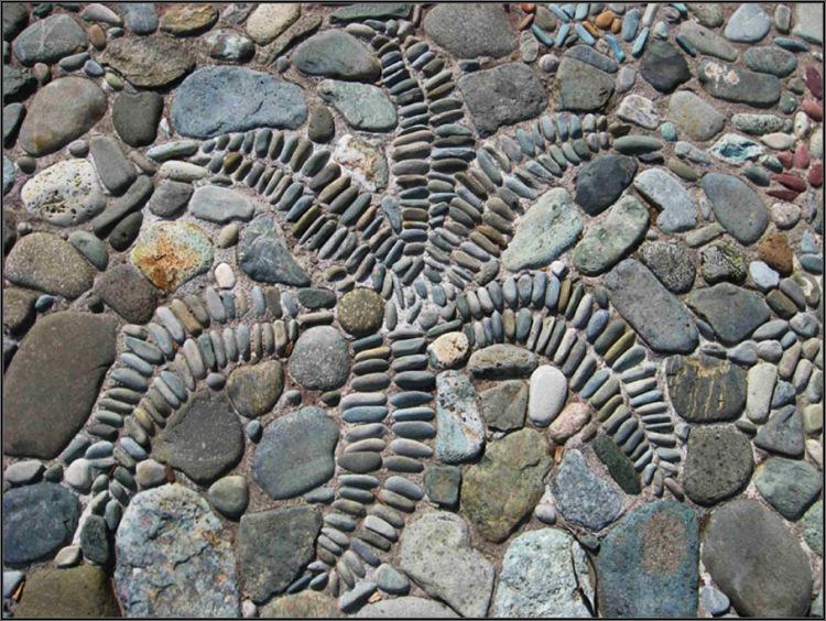 Делаем бетонную дорожку с мозаикой в саду своими руками