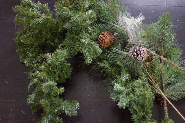 Шаг 3: подготавливаем ветки для новогодней елки